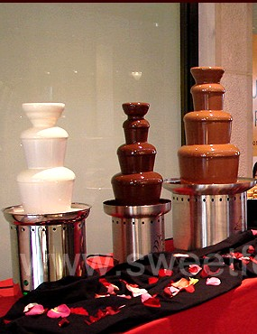Nebraska chocolate fountain rental or sales nationwide weddings and events 8326 Chocolate Fountain Rentals