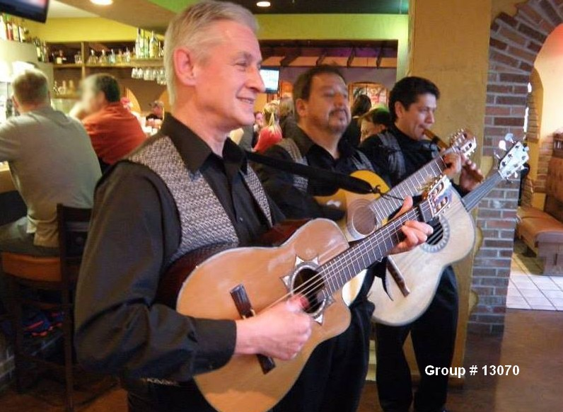 mariachi live musicians trio 13070